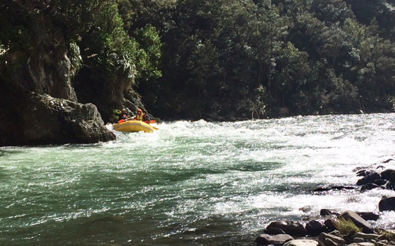 Ferry gliding – rafting the Mohaka